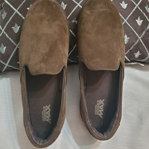 Skechers Goga Max Suede loafers